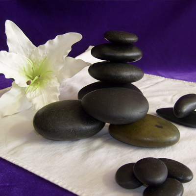 Hot-massage-Stone-Treatment